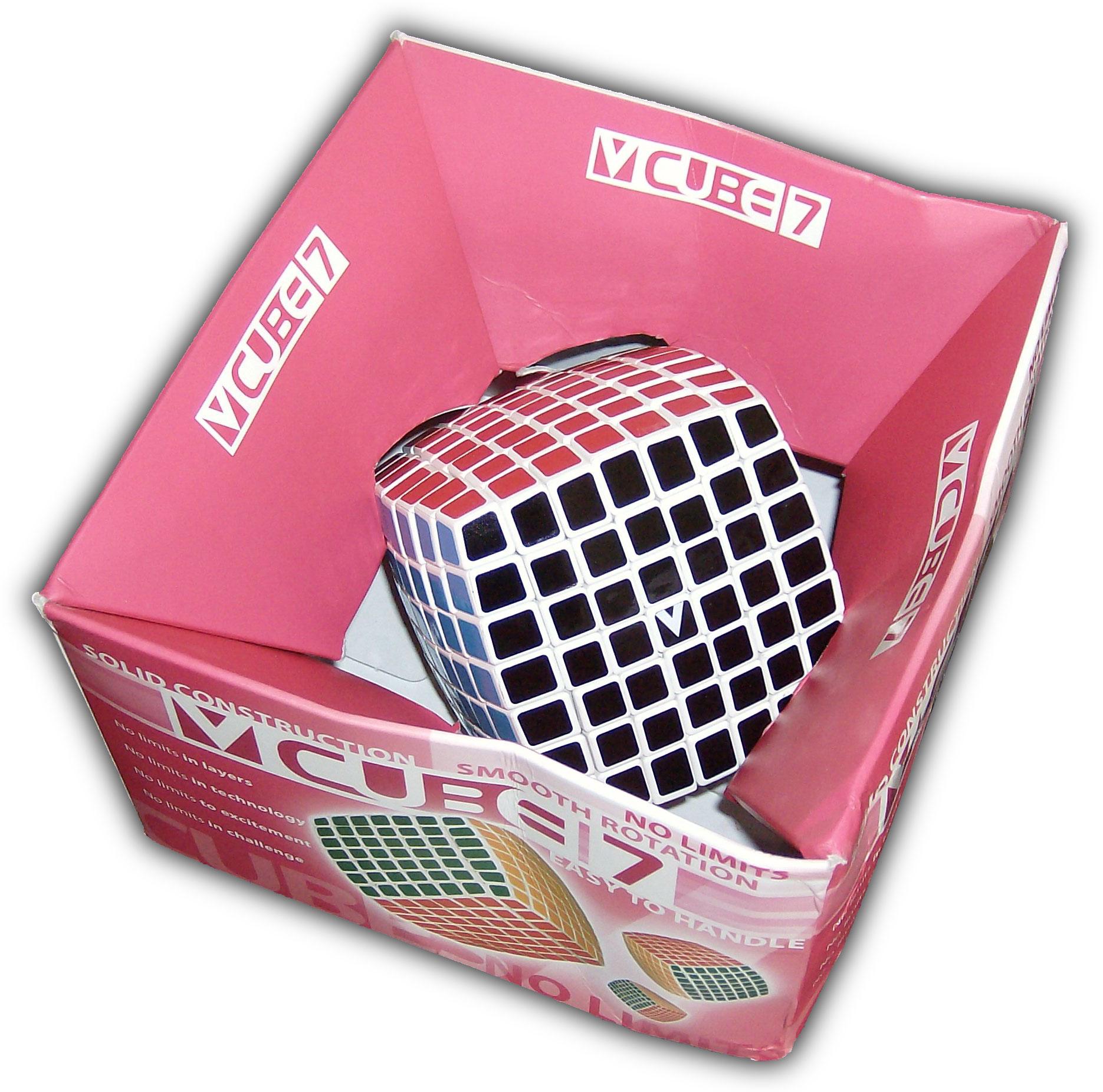 V-Cube 7 in box